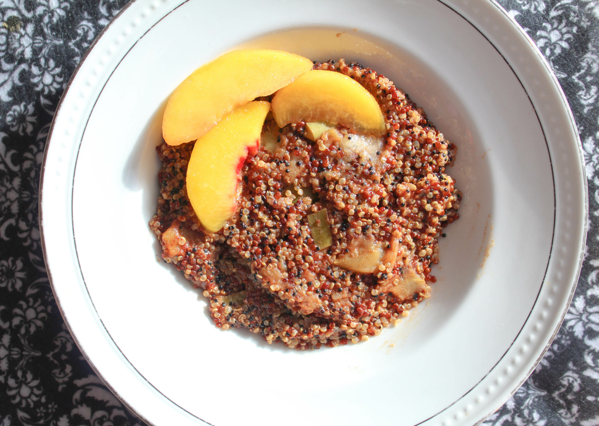 Vanilla Apple Cinnamon Breakfast Quinoa (Instant Pot! Low-Fat, THM:E)