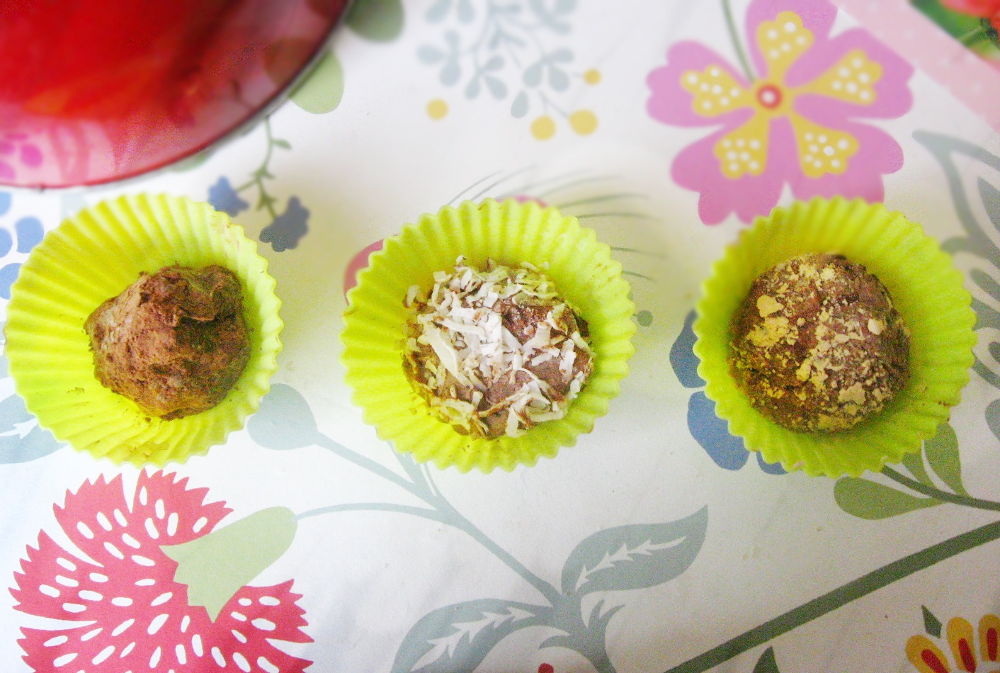 Special Occasion Truffles: Sugar-Free, Low-Carb, THM:S!