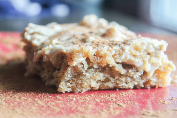 Peanut Butter Lovers Cake (THM:S, Low-Carb, Sugar-Free)